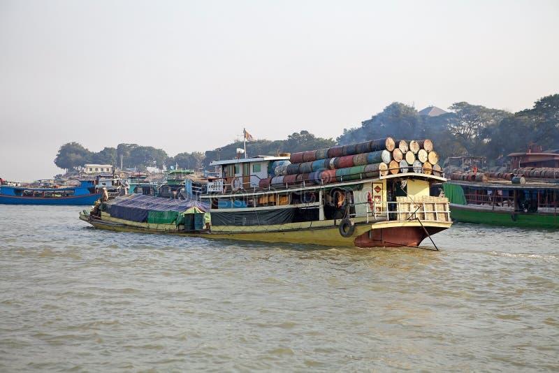 Río Myanmar de Irrawaddy fotografía de archivo