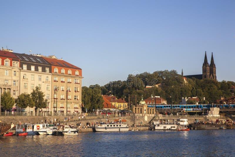 Río Vltava en Praga imágenes de archivo libres de regalías