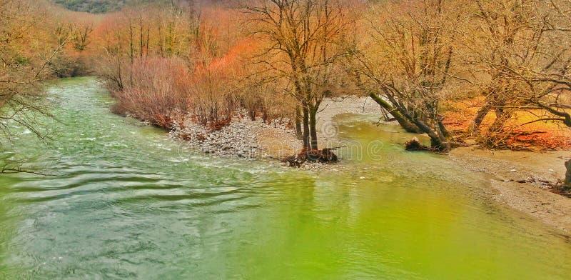 Río voidomatis en Zagoria Ioannina Grecia fotos de archivo libres de regalías