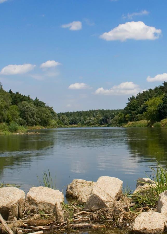 Río Warta - Polonia imagen de archivo