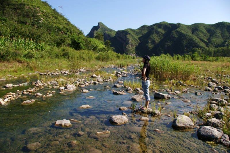 Río y montaña fotografía de archivo