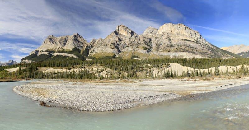 Río y montañas Alberta Canada de Saskachewan foto de archivo libre de regalías