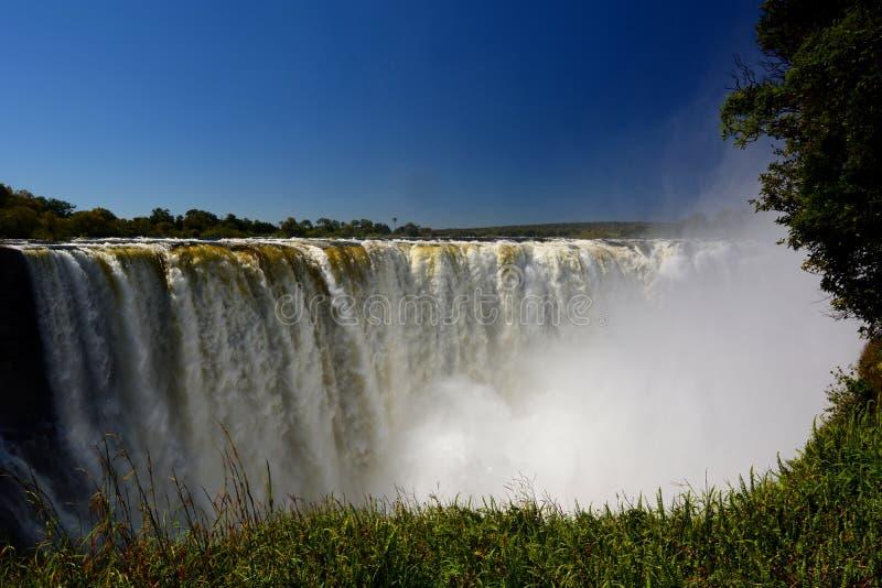 Río y Victoria Falls de Zambesi zimbabwe foto de archivo libre de regalías