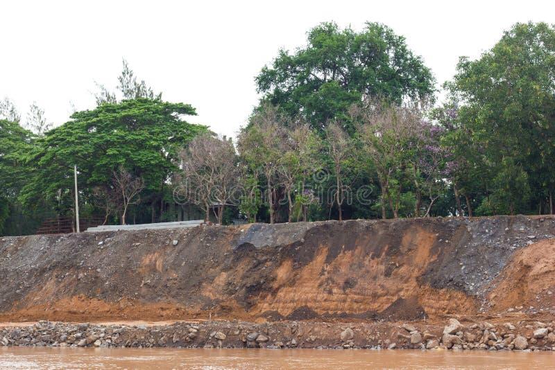 Ríos costeros, erosión de suelo imagen de archivo