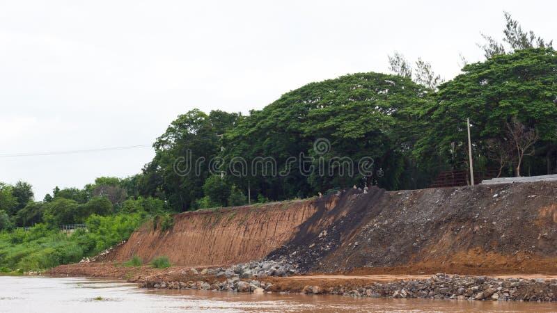 Ríos costeros, erosión de suelo fotos de archivo libres de regalías