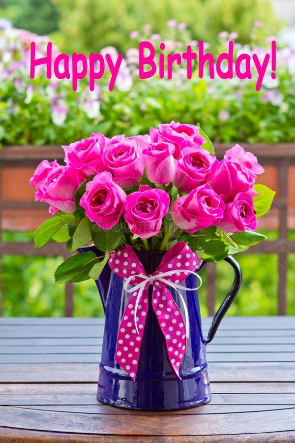 Różany bukieta teksta wszystkiego najlepszego z okazji urodzin fotografia royalty free
