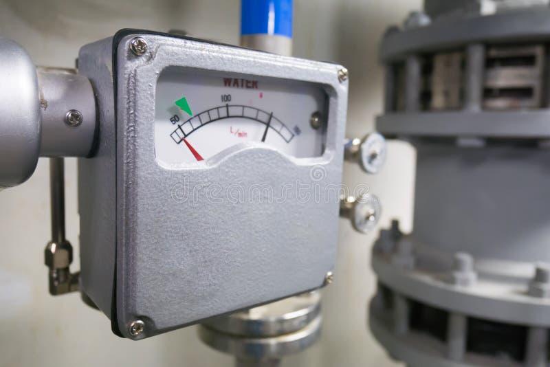 Różna ciśnieniowa zmiana dla wodnego spływowego metru obrazy stock