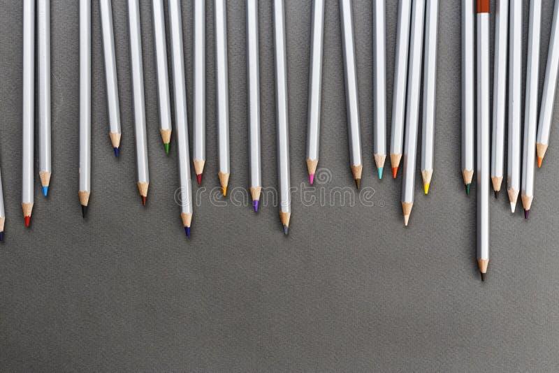 Różni barwioni ołówki zdjęcie royalty free