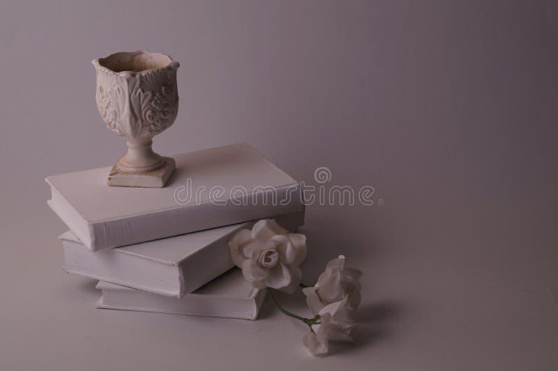 Różni cienie biały, śmietanka, i siwieją fotografia stock