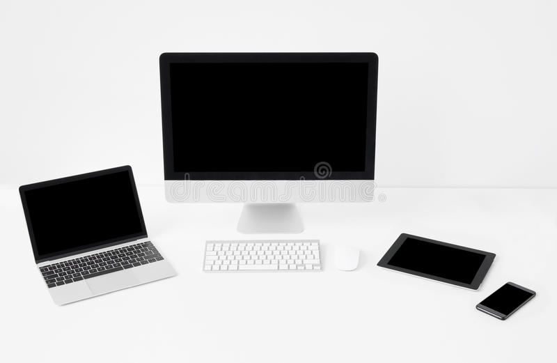 Różni nowożytni przyrząda, mockup dla przetwórczych projekt próbek obraz stock