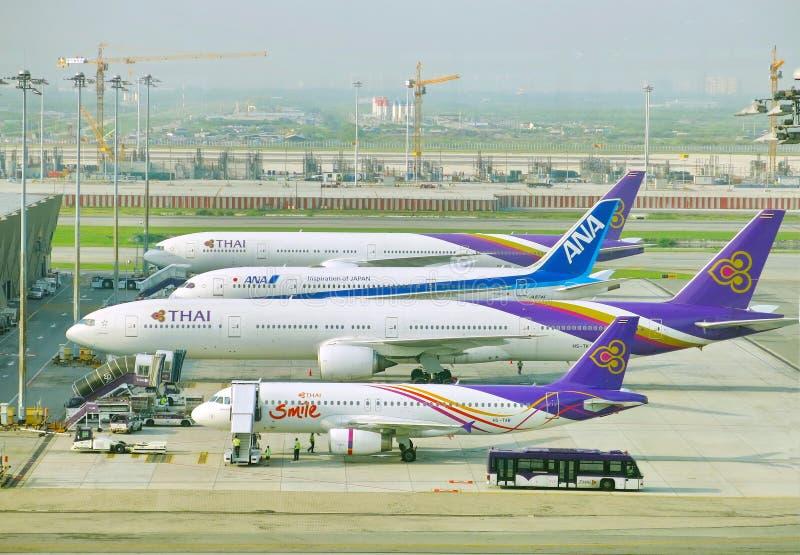 Różni wielkościowi samoloty obrazy royalty free