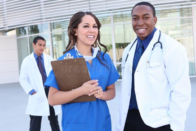 różnorodna medyczna pomyślna drużyna obraz royalty free