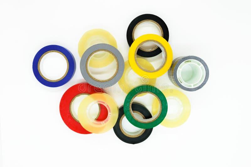 Różnorodnego koloru round adhezyjne taśmy na białym tle ukazują się zdjęcie stock