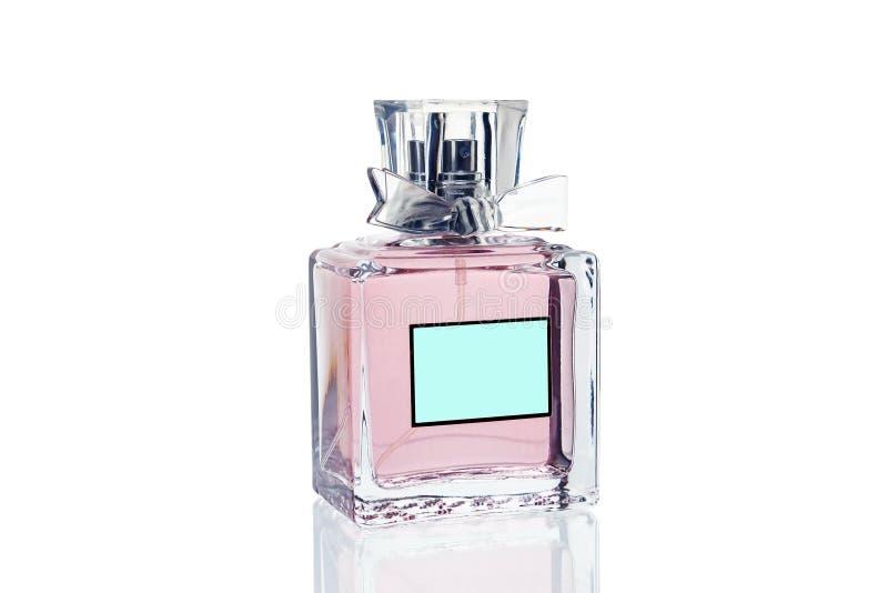 Różowa pachnidło butelka na białym tle, w górę isolate obraz royalty free