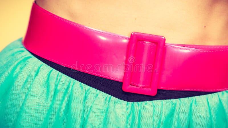 Różowy pasek na błękitnej tiul spódnicie obraz stock