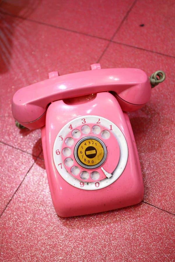 różowy retro telefon zdjęcia stock