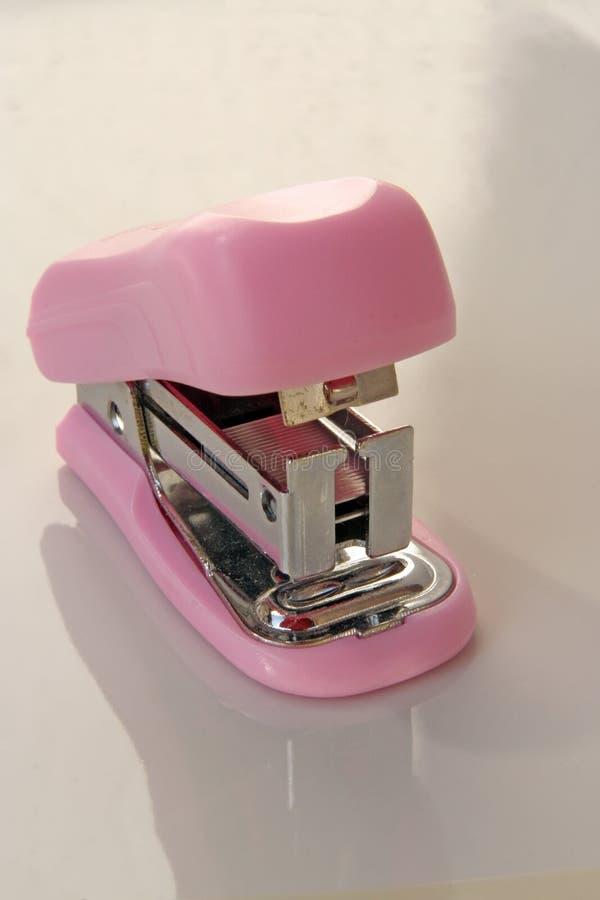 Różowy zszywacza narzędzie zdjęcie royalty free