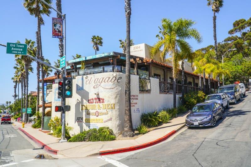 Róg ulicy San Diego Stary miasteczko 21, 2017 - Meksykański okręg - SAN DIEGO, KALIFORNIA, KWIECIEŃ - fotografia stock