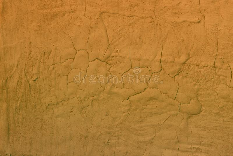 Röd åldrig riden ut bruten murbruktextur - gullig abstrakt fotobakgrund arkivbilder