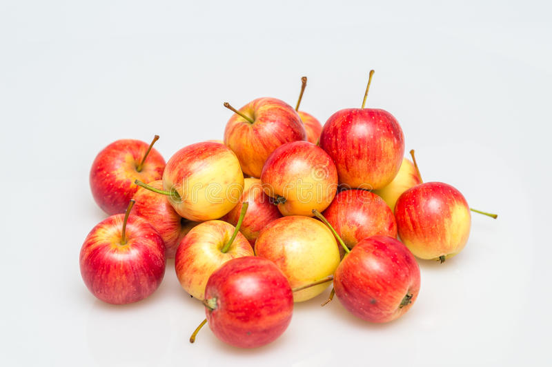 Download Röd Apple grupp arkivfoto. Bild av vitt, closeup, mini - 78730954