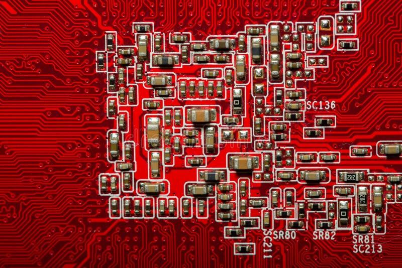 Röd datorcircuitboard royaltyfria bilder