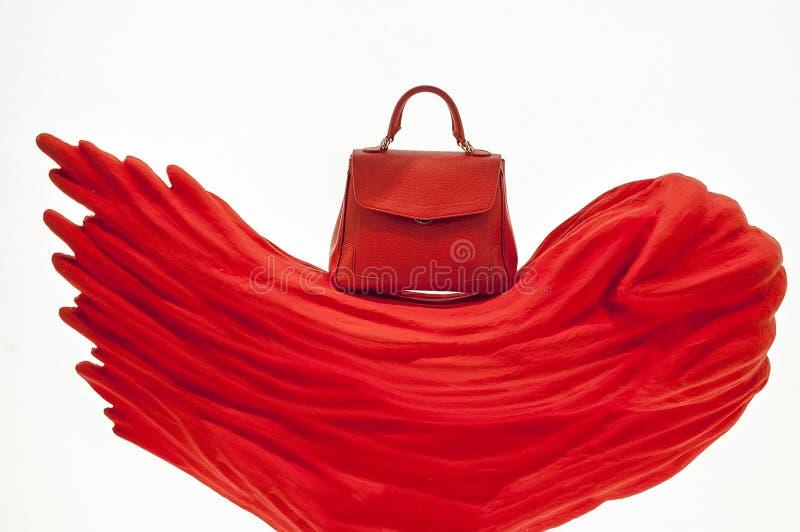 Röd elegant påse fotografering för bildbyråer