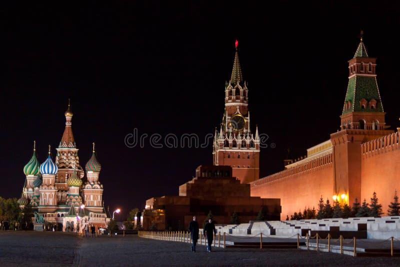 röd fyrkant för natt arkivfoton