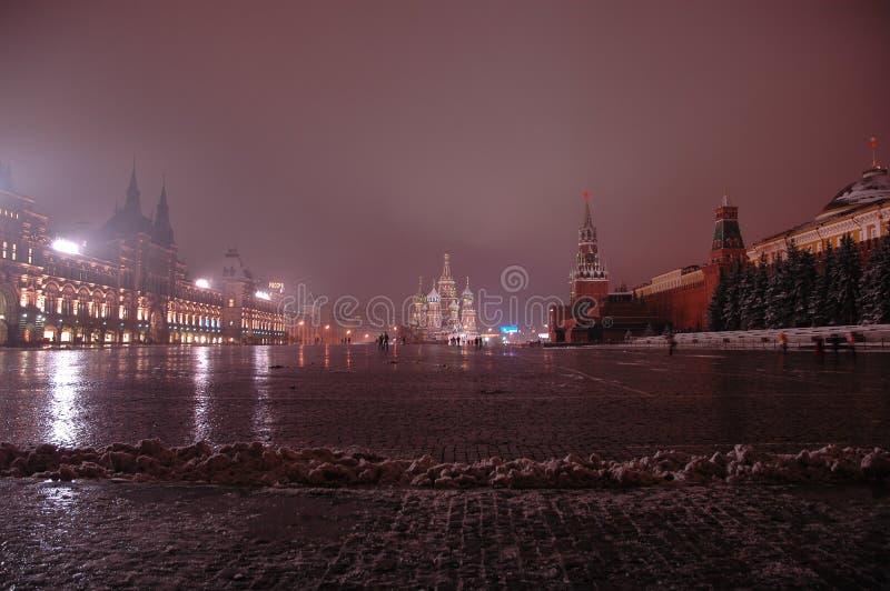 röd fyrkant för natt arkivfoto