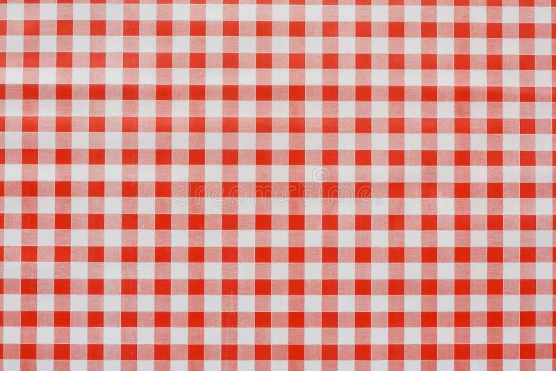 Röd ginghamtablecothbakgrund fotografering för bildbyråer