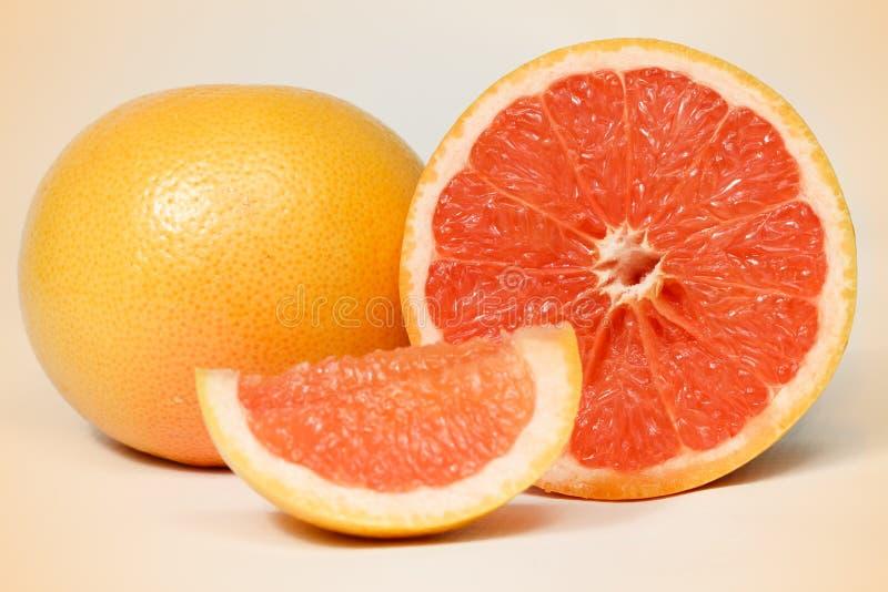 röd grapefrukt royaltyfri fotografi