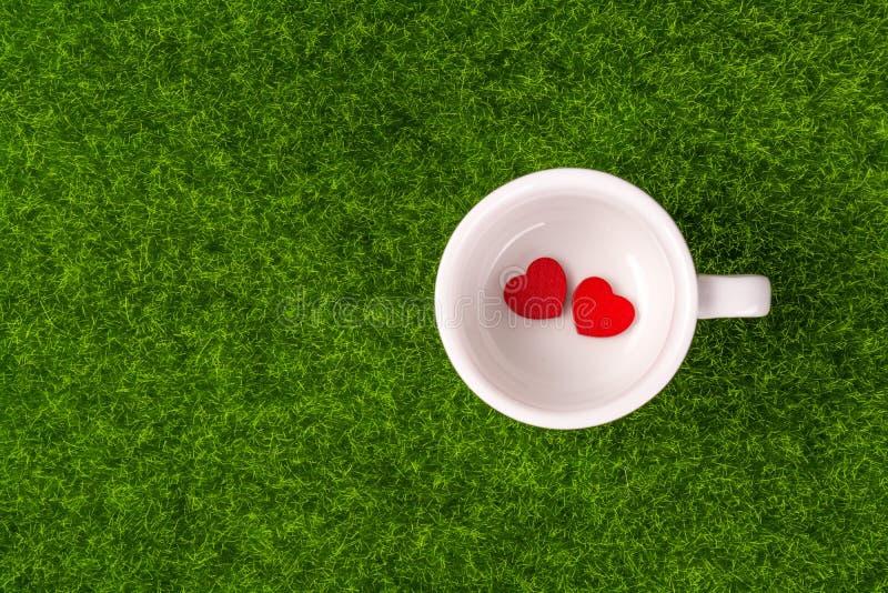Röd hjärta för släp arkivfoto