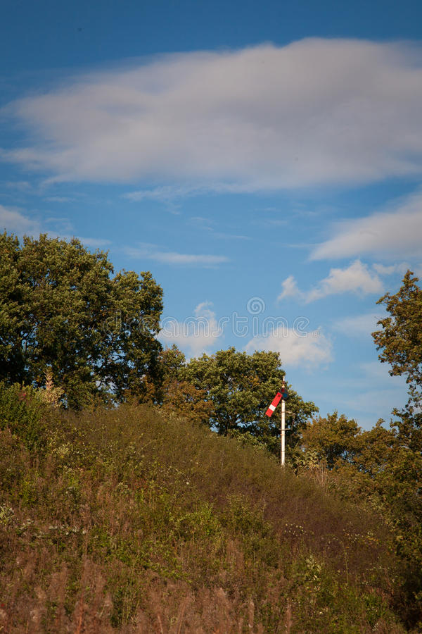 Röd järnväg signal royaltyfri foto