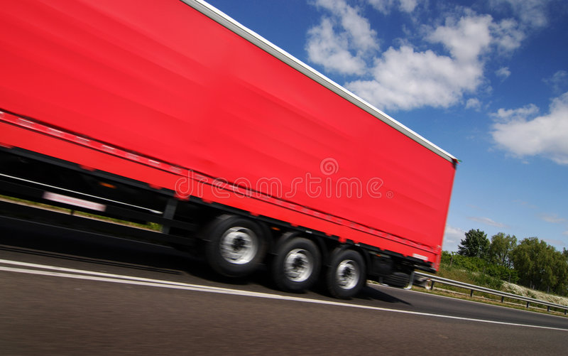 röd lastbil arkivfoton