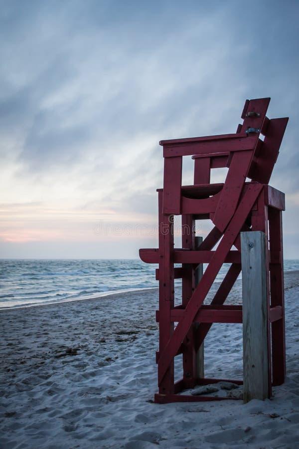 Röd livräddare Chair arkivfoton