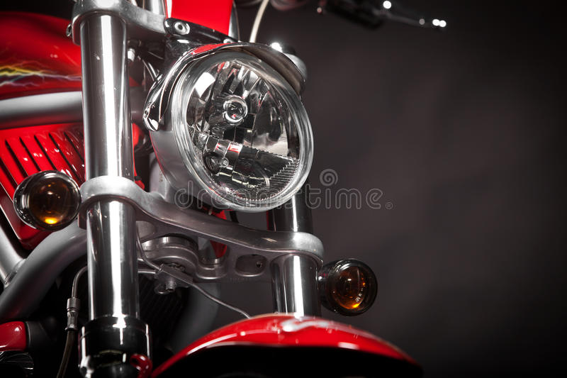 Röd motorcykel royaltyfria bilder