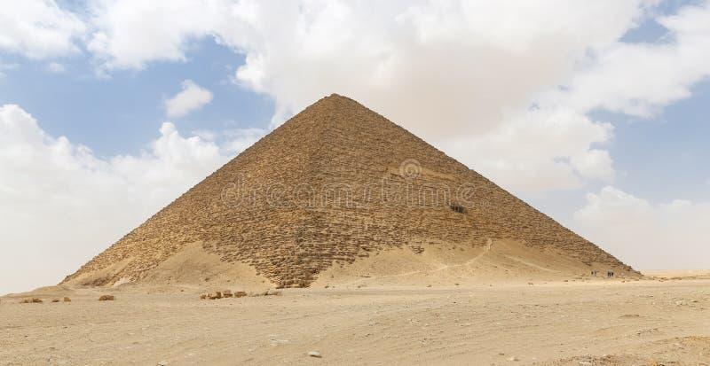 Röd pyramid av Dahshur i Kairo, Egypten arkivfoton
