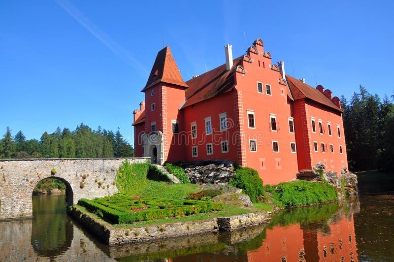 """Röd slott för den Cervena Lhota â€en """"i södra bohemia, Tjeckien royaltyfri fotografi"""