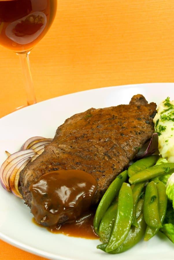 röd stekwine för nötkött royaltyfri bild