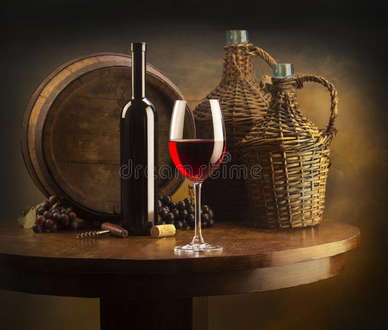röd still wine för livstid arkivfoton