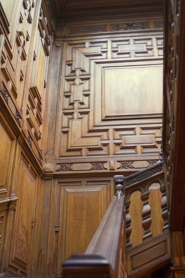 Röd Wood trappuppgång arkivbild