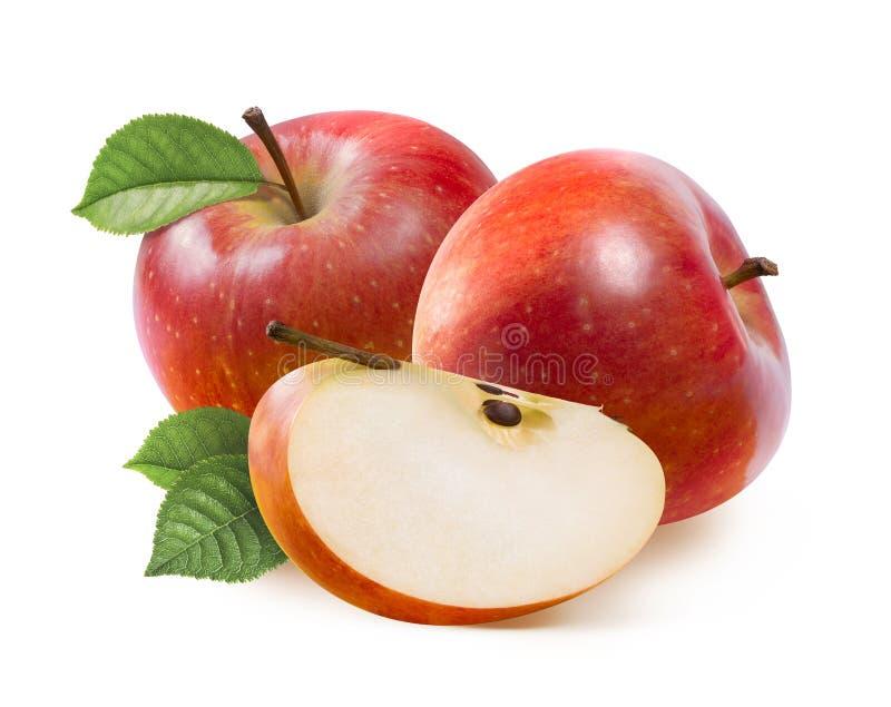 Röda Jonathan äpplen och fjärdedelskiva som isoleras på vit royaltyfri fotografi