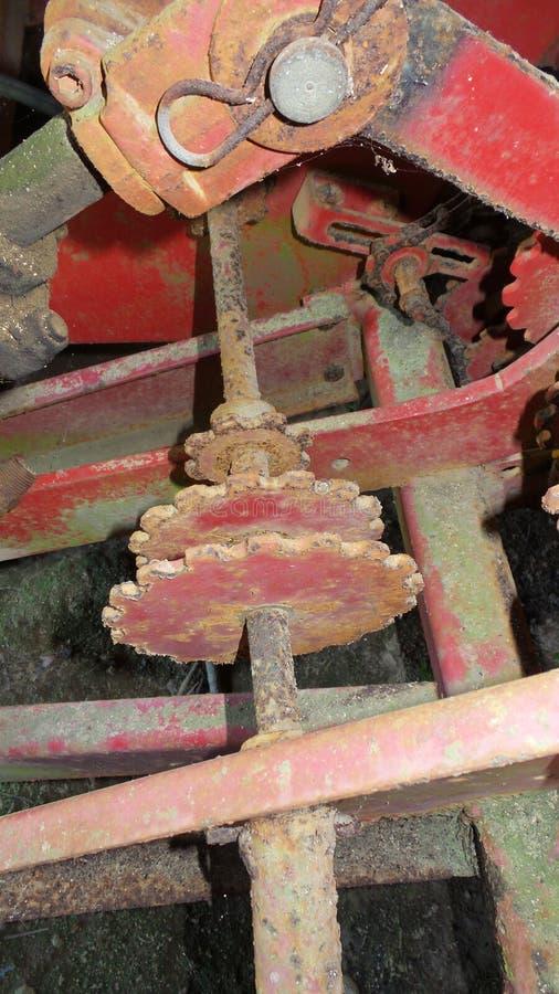 Röda metallkuggar arkivfoton