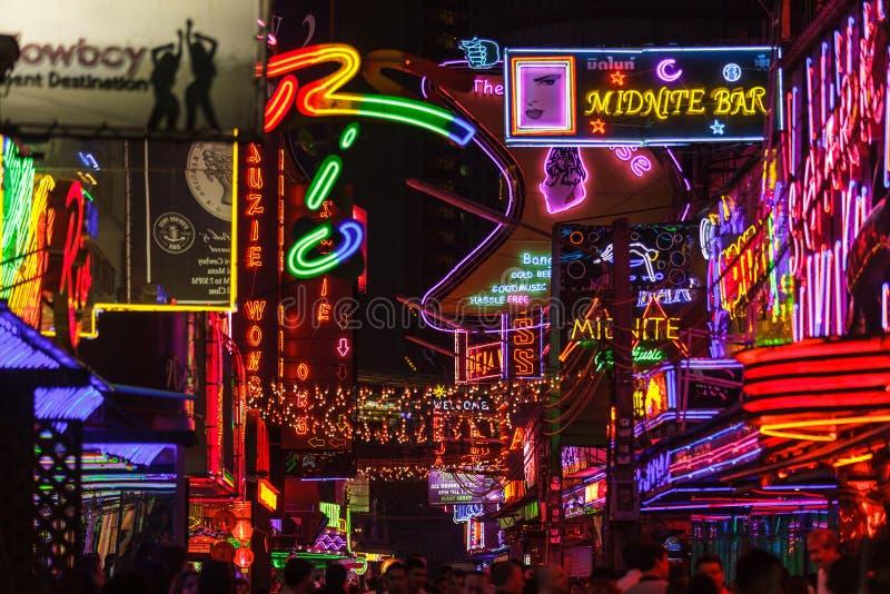 Röda områdeslightings i Bangkok arkivfoto
