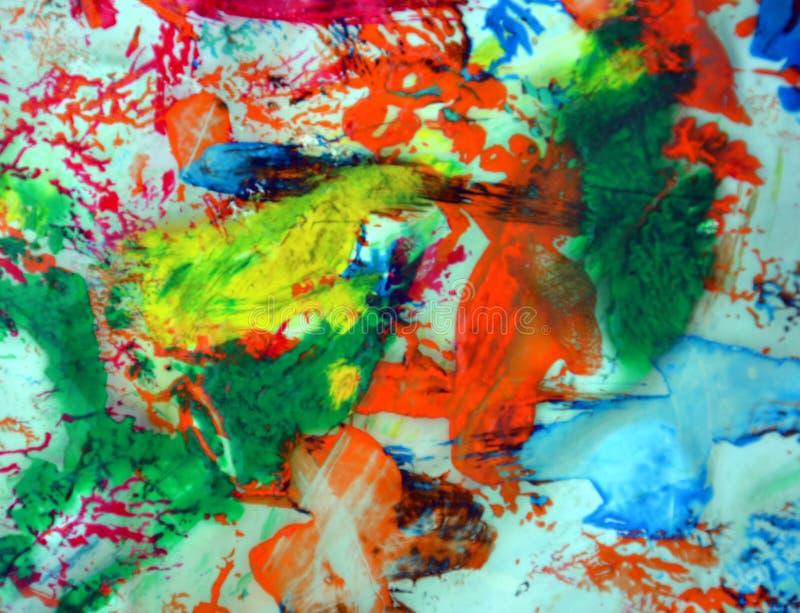 Röda rosa färger för grå färgblåttguling gör grön fläckar, livlig bakgrund som målar abtractfärger arkivbild