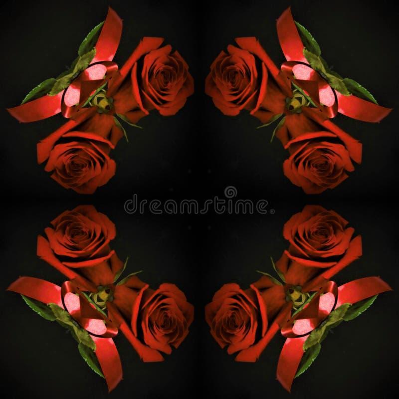 Röda rosor på en svart bakgrund i en gammal flaska arkivfoton
