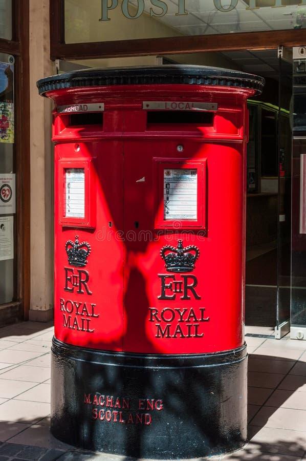 Röda stolpeaskar i Gibraltar fotografering för bildbyråer