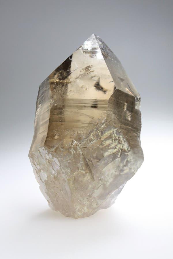 Rökig kristall - kvarts royaltyfria bilder