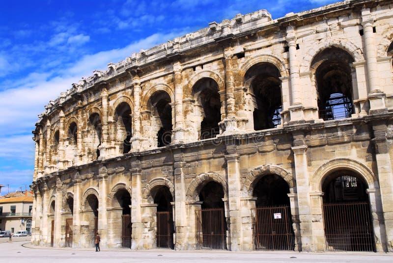 Römische Arena in Nimes Frankreich lizenzfreie stockfotos