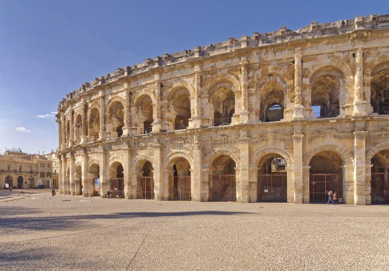 Römische Arena in Nimes Frankreich stockfotos