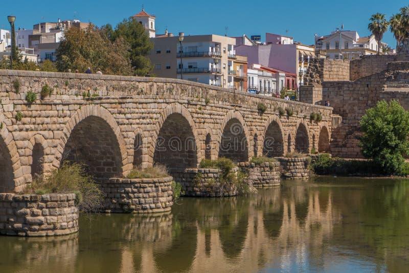 Römische Brücke in Mérida, Spanien lizenzfreies stockbild